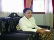Rektor Unud Prof. Dr. dr. A.A Raka Sudewi, Sp.S (K) - foto: Istimewa