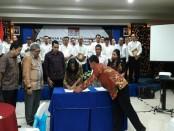 Pelantikan 27 Pengurus Dewan Pimpinan Cabang Asosiasi Pengusaha Ritel Indonesia Kabupaten/Kota Se-Propinsi Bali, dilaksanakan di Ballroom Hotel Puri Ayu Denpasar - foto: Istimewa