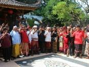 Satria Muda Majapahit memberikan pernyataan sikap mendukung Koster-Ace - foto: Istimewa