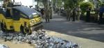 Ratusan Botol Miras Dimusnahkan di Puncak HUT Satpol PP ke 68