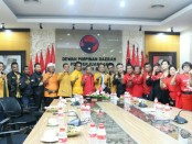 Jajaran pengurus DPD Partai Hati Nurani Rakyat (Hanura) Provinsi Bali, Rabu (7/3) mendatangi Kantor DPD PDI Perjuangan Provinsi Bali di Jalan Banteng Baru, Renon, Denpasar - foto: Istimewa