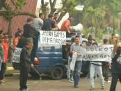Simulasi pengamanan VVIP dalam persiapan menyambut pembukaan Asean Games XVIII di Jakarta dan Palembang - foto: Istimewa
