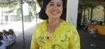 40 Penari Rejang Renteng Meriahkan Piodalan di SMP Negeri 2 Denpasar