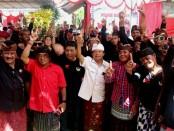 Komunitas Motor Honda Club Tuli Bali Bersatu yang merupakan kaum disabilitas bertatap muka dengan Koster-Ace di Peguyangan Kaja, Minggu 8 April 2018 - foto: Istimewa