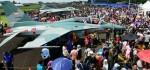 Ribuan Pengunjung Padati Lanud Halim Saksikan Pesta Rakyat TNI AU