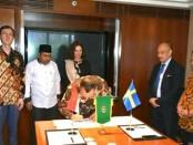 Penandatanganan Letter of Intent, antara Pemkab Purworejo dengan perusahaan Supertext dari Swedia - foto: Sujono/Koranjuri.com