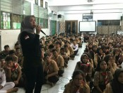 Penyuluhan bahaya narkoba di SMP Negeri 89 Jakarta Barat yang diikuti 250 siswa/siswi, Rabu, 2 Mei 2018 - foto: Istimewa