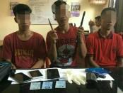 Ketiga pelaku Curat diamankan Unit Reskrim Polsek Mengwi - foto: Istimewa