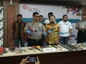 Subdit 4 Jatanras Dit Reskrimum Polda Metro Jaya berhasil mengungkap dan menangkap pelaku tindak pidana pencurian dengan pemberatan - foto: Bob/Koranjuri.com