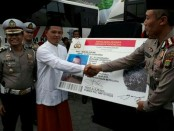 Selama 7 hari Ditlantas Polda Metro Jaya meluncurkan program SIM Keliling Masjid (SIM Ling Mas) Ramadhan. Program perpanjangan SIM mulai dibuka Sabtu 26 Mei 2018 hingga Jumat 01 Juni 2018 - foto: Bob/Koranjuri.com