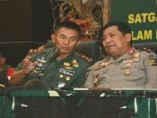 Pangdam IX/Udayana Mayjen TNI Benny Susianto dan Kapolda Bali Irjen Pol Petrus R Golose - foto: Istimewa