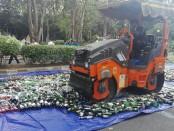 Ribuan botol miras ilegal hasil sitaan selama pelaksanaan Operasi Cipta Kondisi Agung 2018 dimusnahkan, Rabu, 6 Juni 2018 - foto: Koranjuri.com
