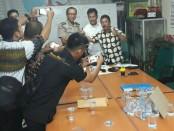 Pemilihan Forum Wartawan Polri (FWP) Polda Metro Jaya, melakukan pemilihan ketua periode - foto: Bob/Koranjuri.com