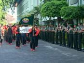 Upacara penyambutan kontingen Porad Kodam IX/Udayana setelah berhasil memboyong peringkat keenam - foto: Istimewa