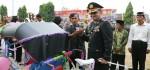 Upacara Hari Bhayangkara, Kapolres Kebumen Hadiahkan Becak Ontel