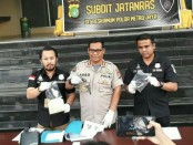 Kabid Humas Polda Metro Jaya, Kombes Raden Prabowo Argo Yuwono mengekspos kasus pembegalan yang menewaskan korbannya seorang perempuan - foto: Bob/Koranjuri.com
