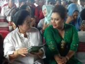 Megawati Soekarnoputri dan Bupati Tabanan Ni Putu Eka Wisryastuti - foto: Istimewa