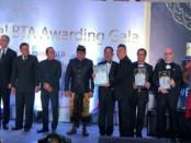 Penghargaan atau award yang diberikan kepada industri pariwisata - foto: Ari Wulandari/Koranjuri.com