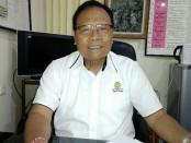 Ketua YPLP PGRI Kota Denpasar yang juga kepala SMK PGRI 3 Denpasar, I Nengah Madiadnyana - foto: Koranjuri.com