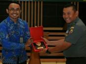 Ratusan Keluarga Besar TNI (KBT) yang terhimpun dalam organisasi kepemudaan yang terdiri dari, Pemuda Panca Marga, FKPPI dan Hipakad, mendapat pembekalan tentang wawasan kebangsaan dan penyalahgunaan narkoba, pada Jumat (10/8/2018) - foto: Istimewa