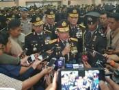 Kapolri Jenderal Tito Karnavian resmi melantik Komjen Pol Ari Dono Sukmanto menjadi Wakapolri, menggantikan Syafruddin yang ditunjuk sebagai MenPAN-RB - foto: Bob/Koranjuri.com