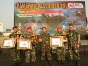 Kasdam Jaya Brigjen TNI Suharyanto tutup pameran Alutsista dalam rangka memperingati HUT TNI Ke-73. Pameran Alutsista digelar di Simpang Monas - foto: Istimewa
