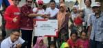 Telkomsel Salurkan Bantuan di Posko Pengungsian Lombok Utara