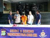 Subdit 3 Resmob Ditreskrimum Polda Metro Jaya mengungkap kasus penipuan atau pengelapan yang dilakukan RH alias R yang mengaku sebagai Spri Kapolri - foto: Bob/Koranjuri.com