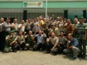 Jajaran Koramil/02 Penjaringan bersama tiga Kapolsek merayakan HUT TNI Ke-73 - foto: Bob/Koranjuri.com