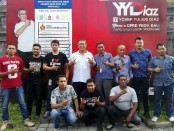 11 tenaga kerja lepas yang direkrut untuk pengamanan IMF-WB bersama tim mediator dari Klinik Hukum YYDIAZ dan perwakilan PT Magnum Indonesia Bali - foto: Koranjuri.com