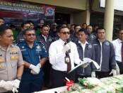 Polres Metro Jakarta Barat merilis pengungkapan sabu-sabu senilai Rp 60 miliar yang akan didistribusikan untuk pesta pergantian tahun, Senin, 26 November 2018 - foto: Bob/Koranjuri.com