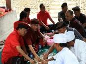 Gubernur Bali I Wayan Koster kembali menyambangi masyarakat. Kali ini, Gubernur berada di Desa Ababi, Kecamatan Karangasem, Minggu, 4 November 2018 - foto: Istimewa