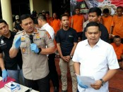 Puluhan preman yang meresahkan warga terjaring Polres Jakarta Barat - foto: Bob/Koranjuri.com