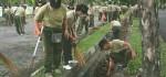 Peringati HUT Korpri Ke-47, PNS Kodam Udayana Adakan Aksi Bersih Lingkungan