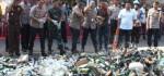 Polda Metro Jaya Musnahkan Ribuan Botol Miras