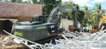 Yonzipur 9 Kostrad Bersihkan Puing Tsunami Selat Sunda