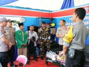 Tim Pamatwil dari Mabes Polri, saat melakukan pengecekan kesiapan pengamanan Tahun Baru 2019 di Kebumen - foto: Sujono/Koranjuri.com