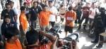 Polda Metro Rekonstruksi Pengeroyokan TNI oleh Juru Parkir