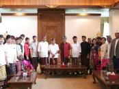 Pengurus KONI Bali melakukan audiensi di kediaman Gubernur Bali I Wayan Koster di Jayasabha, Denpasar, Kamis (24/1/2019) - foto: Istimewa