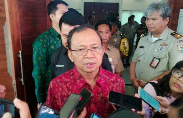 Koster Tak Setuju Wisata Halal Di Bali Yang Digagas Sandiaga