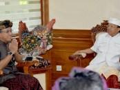 Gubernur Bali Wayan Koster menerima audiensi Badan Pusat Statistik (BPS) Bali, Senin, 4 Februari 2019 - foto: Istimewa