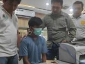 Polisi berhasil meringkus pemasok narkoba yang didistribusikan kepada Eddo Indonesian Idol - foto: Bob/Koranjuri.com