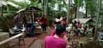 Pasar Mbathok, Pasar Tradisional yang Unik dan Kuno