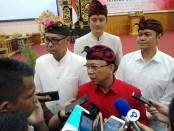 Gubernur Bali I Wayan Koster menghadiri Dharma Shanti Tahun Baru Saka 1941 Yayasan Dwijendra, Senin, 8 April 2019 - foto: Koranjuri.com