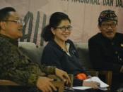 Menteri Kesehatan dr. Nila Moeloek pada acara Temu Media Ekspos Pembangunan Daerah yang dihadiri Wakil Gubernur Bali Tjokorda Oka Artha Ardhana Sukawati (Cok Ace) di Sanur, Selasa (23/4/2019) - foto: Istimewa