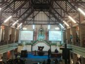 Suasana GPIB Maranatha Denpasar saat ibadah Perjamuan Kudus Jumat Agung, Jumat, 19 April 2019 - foto: Koranjuri.com