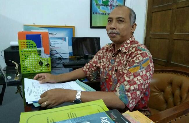Sugiri, S.Pd, Kepala SMK PN 2 Purworejo - foto: Sujono/Koranjuri.com