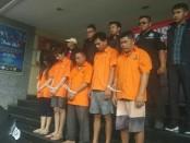 Polda Metro Jaya melakukan ekspose sejumlah kasus kejahatan - foto: Bob/Koranjuri.com