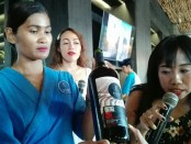 Plaga Wine melaunching online shop dan produk wine terbaru yang dikemas dengan event kolaborasi TStore Trunkshow - foto: Koranjuri.com