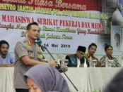 Kapolres Jakarta Timur Kombes Pol Ady Wibowo menggelar silaturahmi yang dirangkai dengan buka puasa - foto: Bob/Koranjuri.com